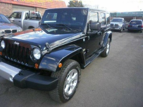 2013 jeep wrangler unlimited sahara for sale in dearborn. Black Bedroom Furniture Sets. Home Design Ideas